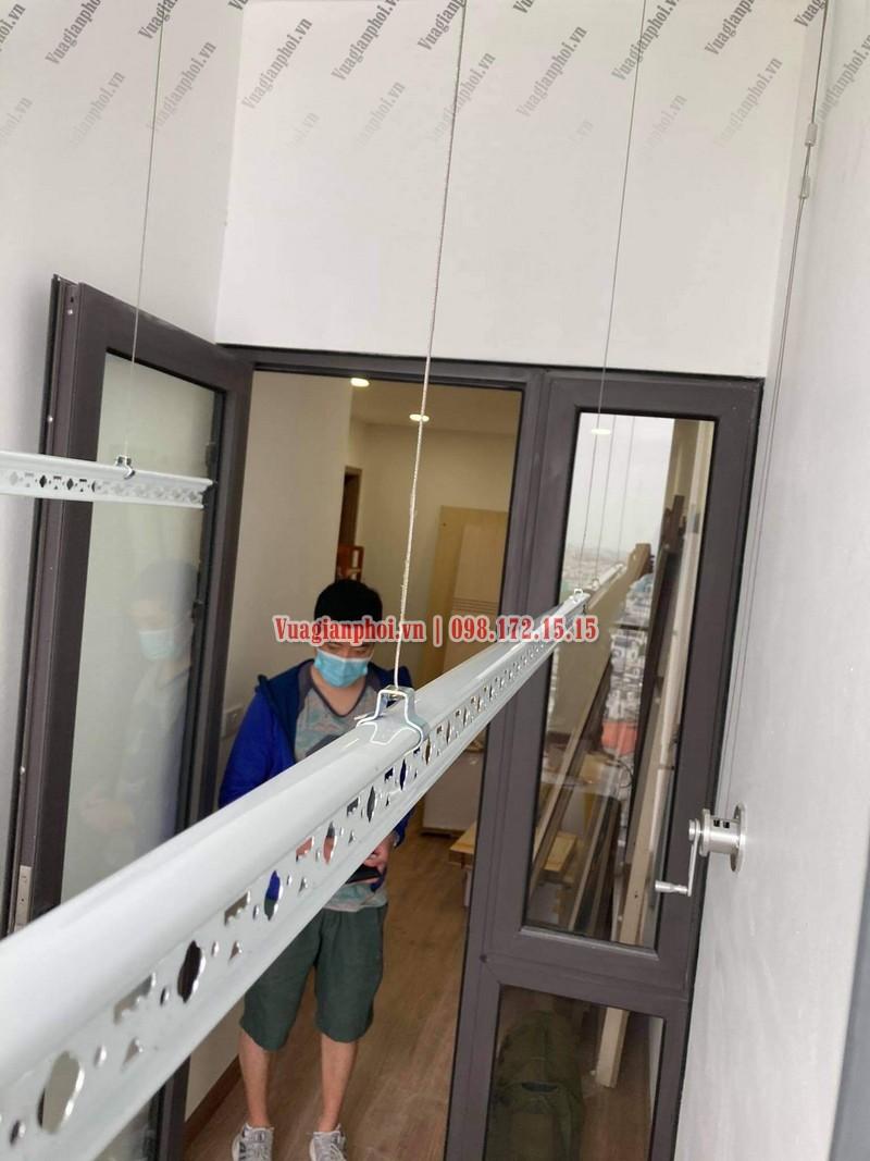 Lắp giàn phơi Sài Đồng Long Biên giá rẻ nhà anh Doãn, chung cư A13 - 05